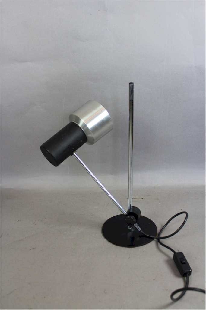 1960's stylish adjustable desk lamp