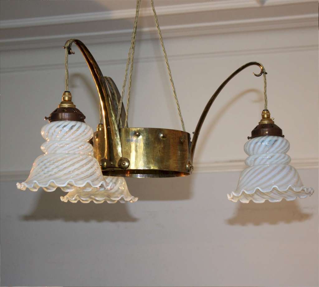 Arts and Crafts ceiling lamp vaseline shades