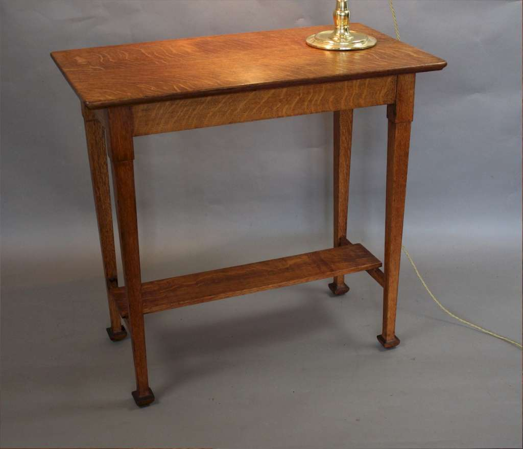 Arts and crafts quarter sawn oak side table