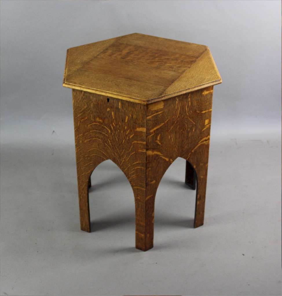 Arts and Crafts sewing box table in quarter sawn oak c1900