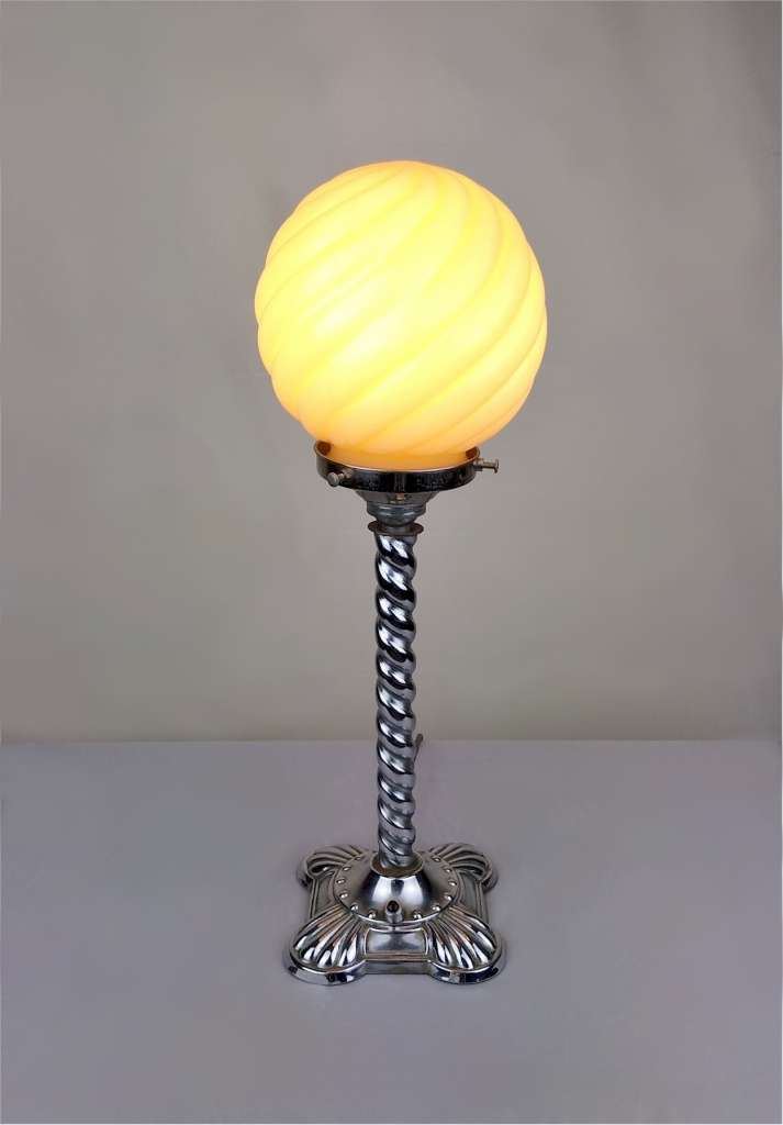 Art Deco table lamp in chrome and glass