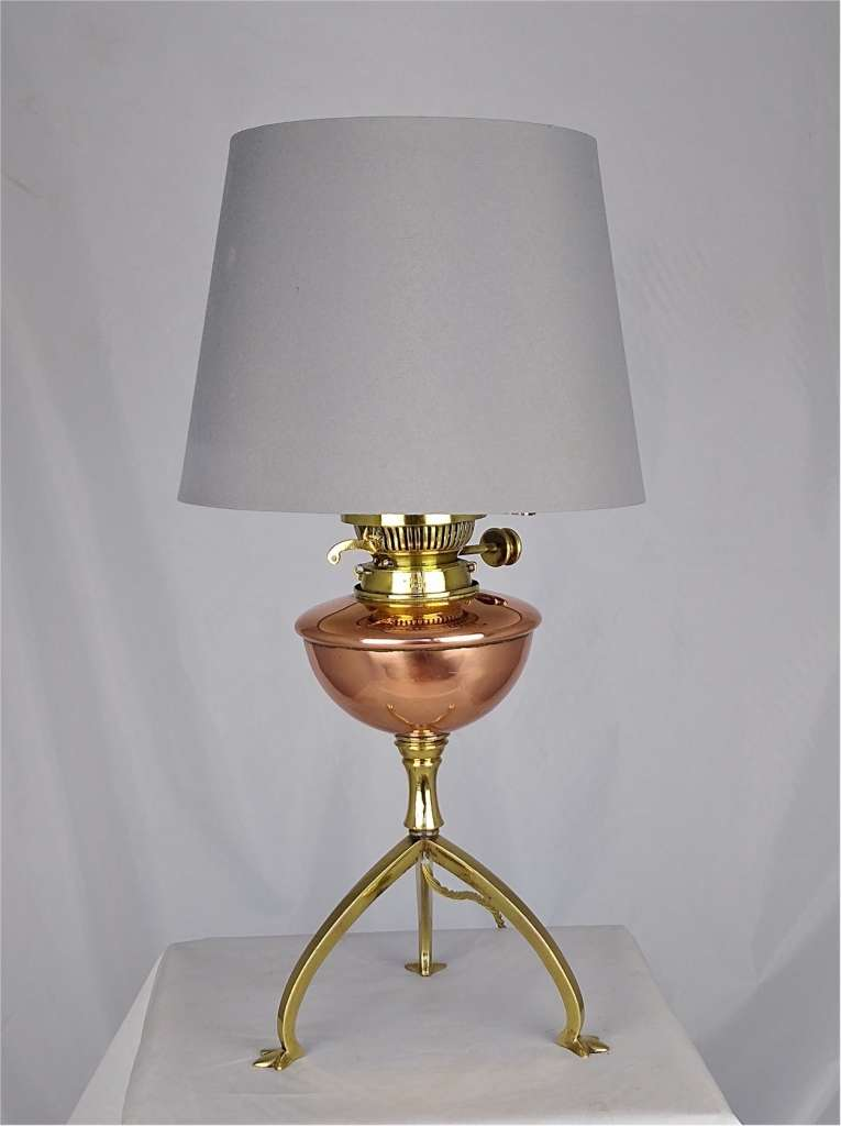 Arts and crafts table light in copper and brass