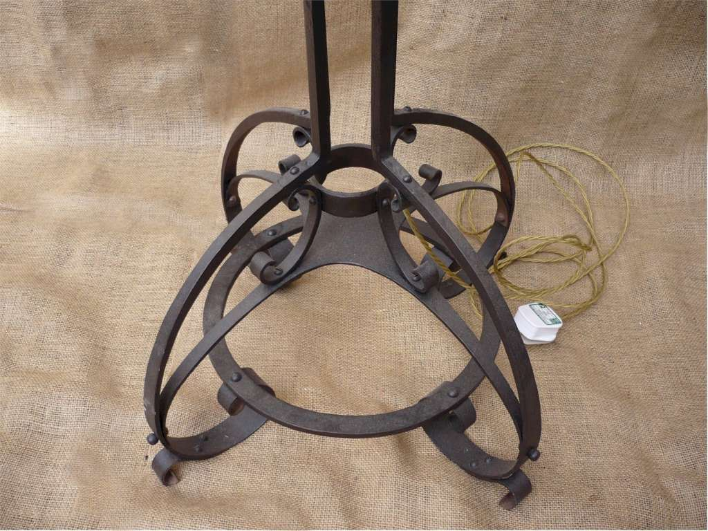 Arts and crafts standard lamp in wrought iron