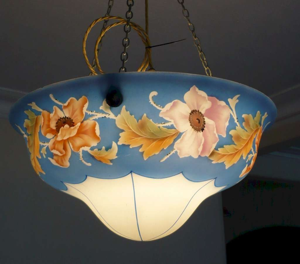 Glass ceiling light with flower and leaf decoration