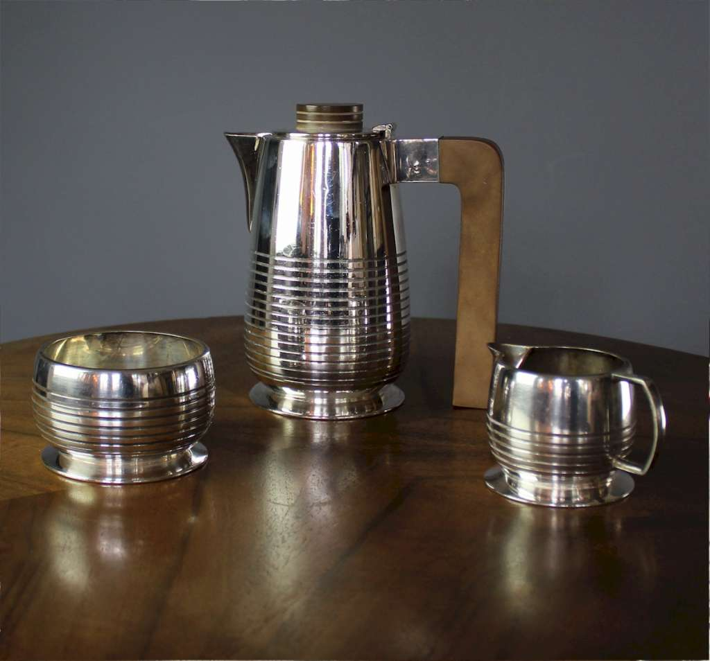 Art Deco Silver Plated coffee set Cardinal. Marked Cardinal Plate