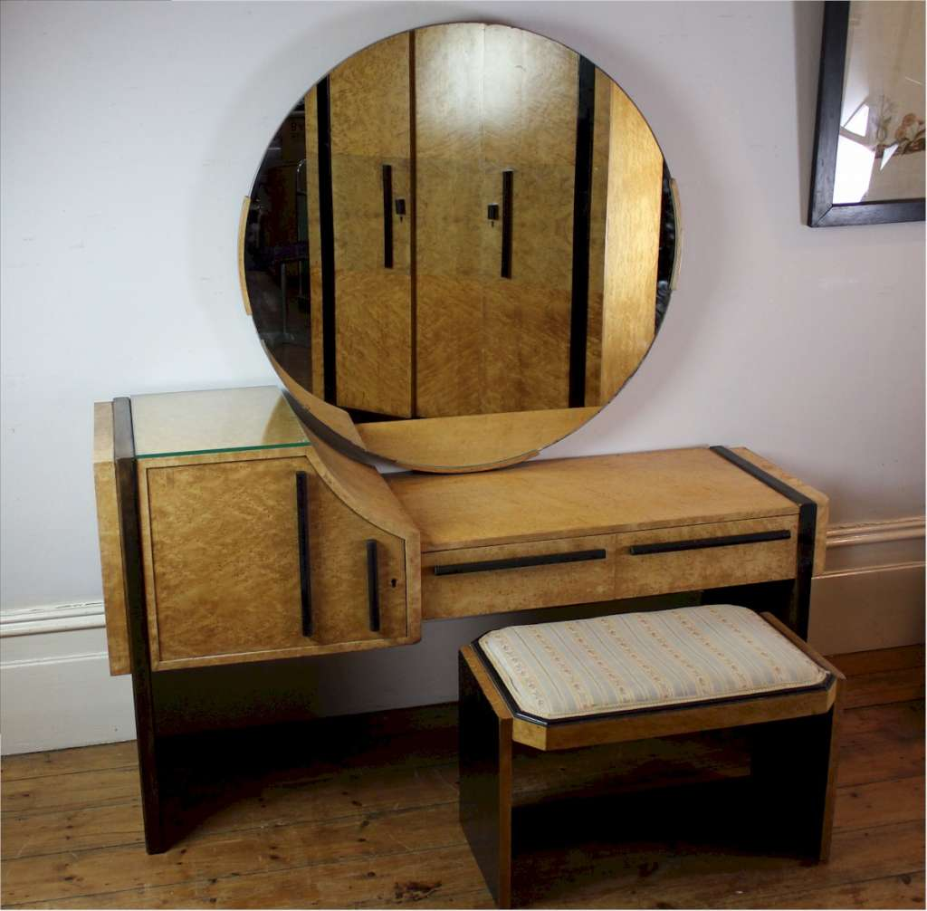 Art Deco Hille dressing table
