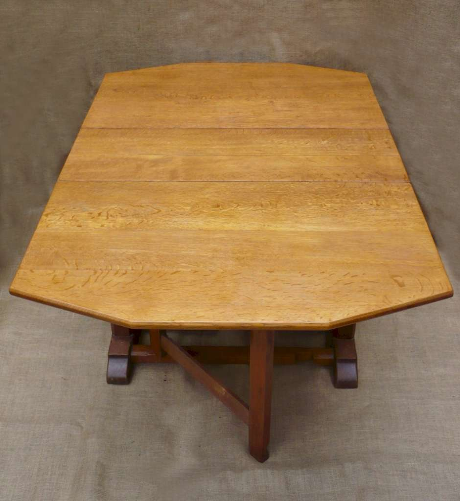Heal & Son drop leaf dining table in oak