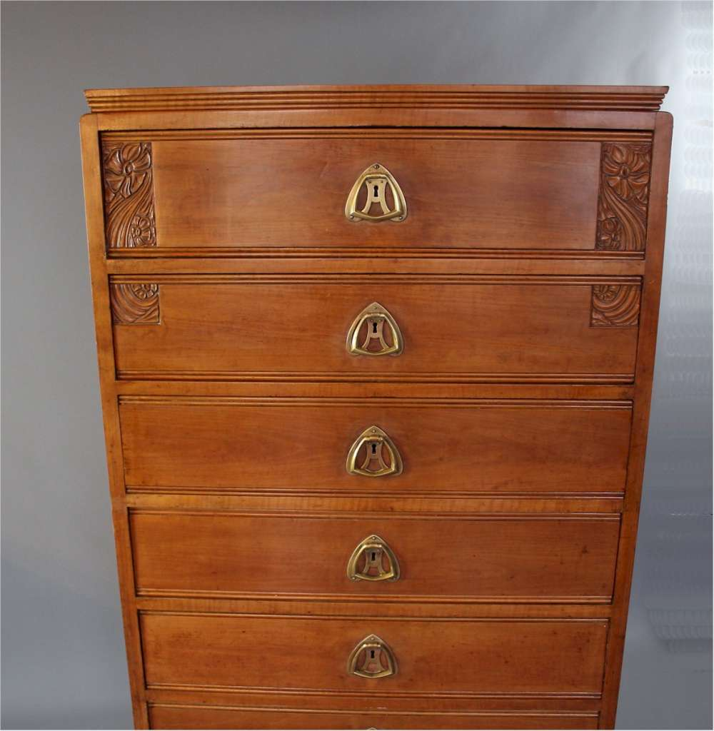 Art Nouveau chest of drawers, Semainier