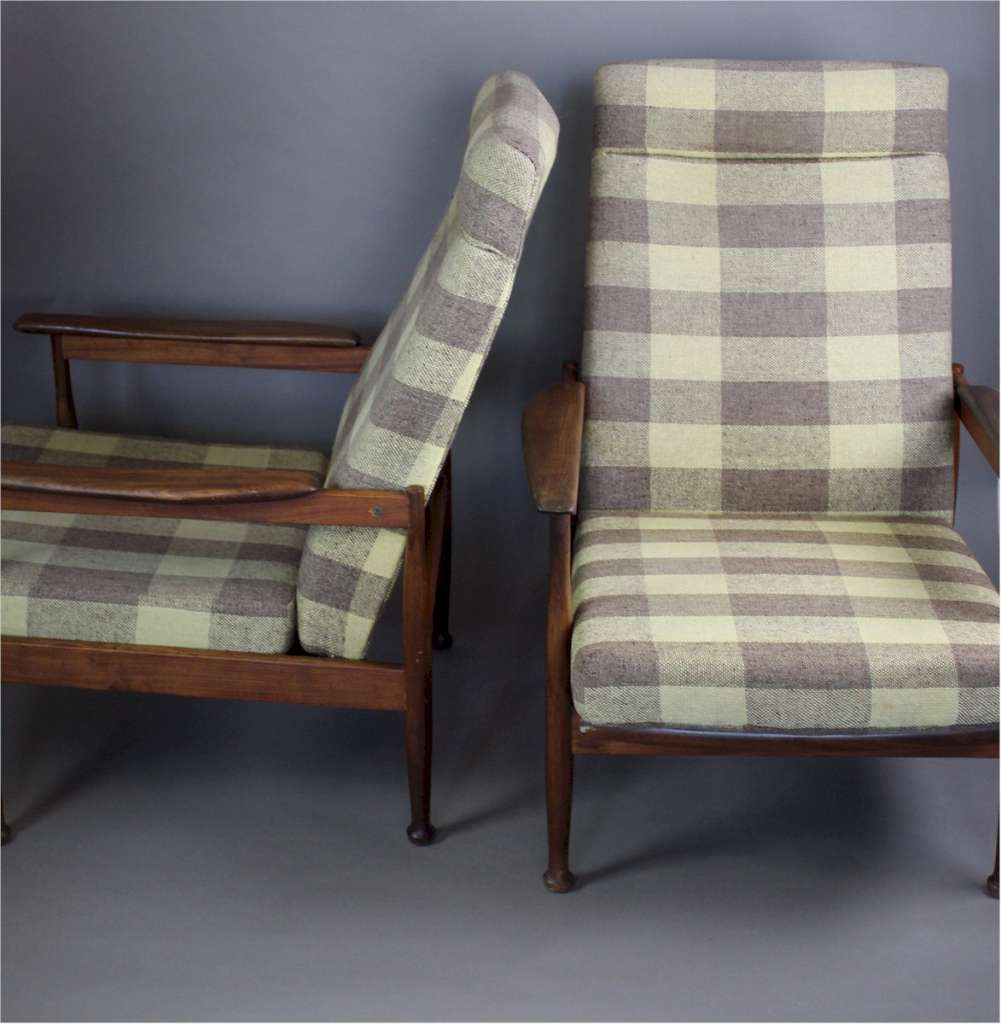 Pair of Manhattan mid-century lounge chairs by Guy Rogers