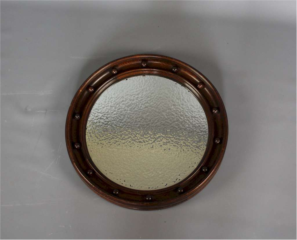 Heals convex mirror with bobbins