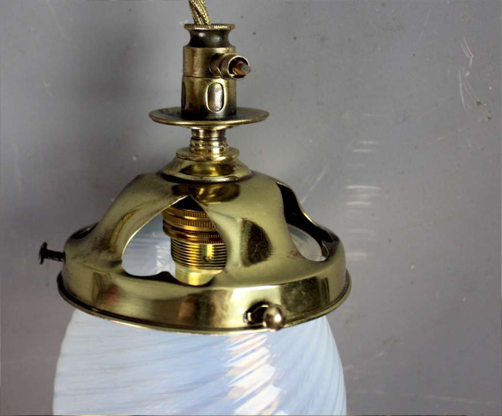 Arts and Crafts ceiling light pendant