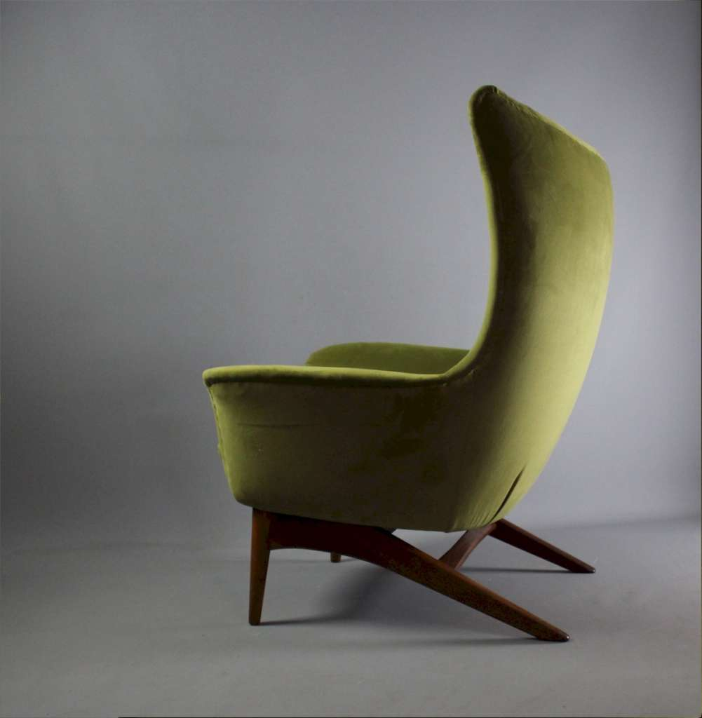 H W Klein Model 207 for Bramin Danish chair