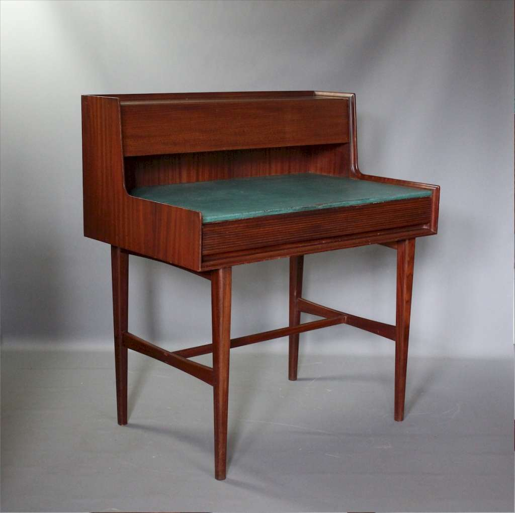 Mid Century desk in Teak by Richard Hornby for Fyne Ladye
