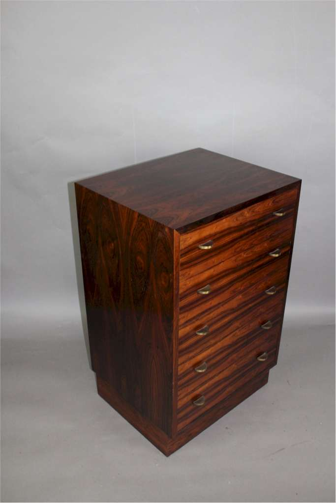 Rosewood chest of drawers for Mellemstrands Norway c1960's
