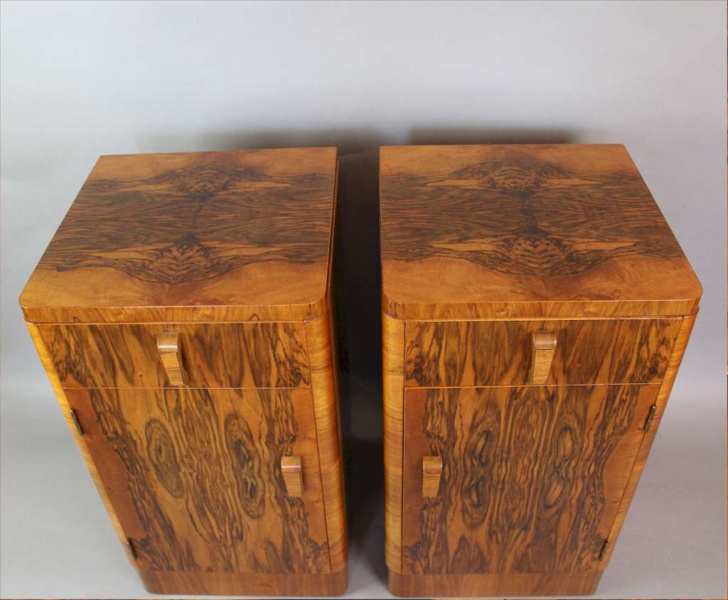 Pair of Art Deco figured walnut bedside cabinets