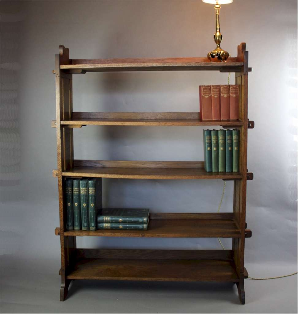 Oak arts and crafts pegged bookcase c1900