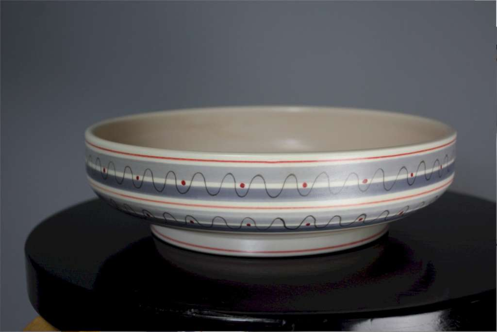 Mid-Century Poole pottery bowl