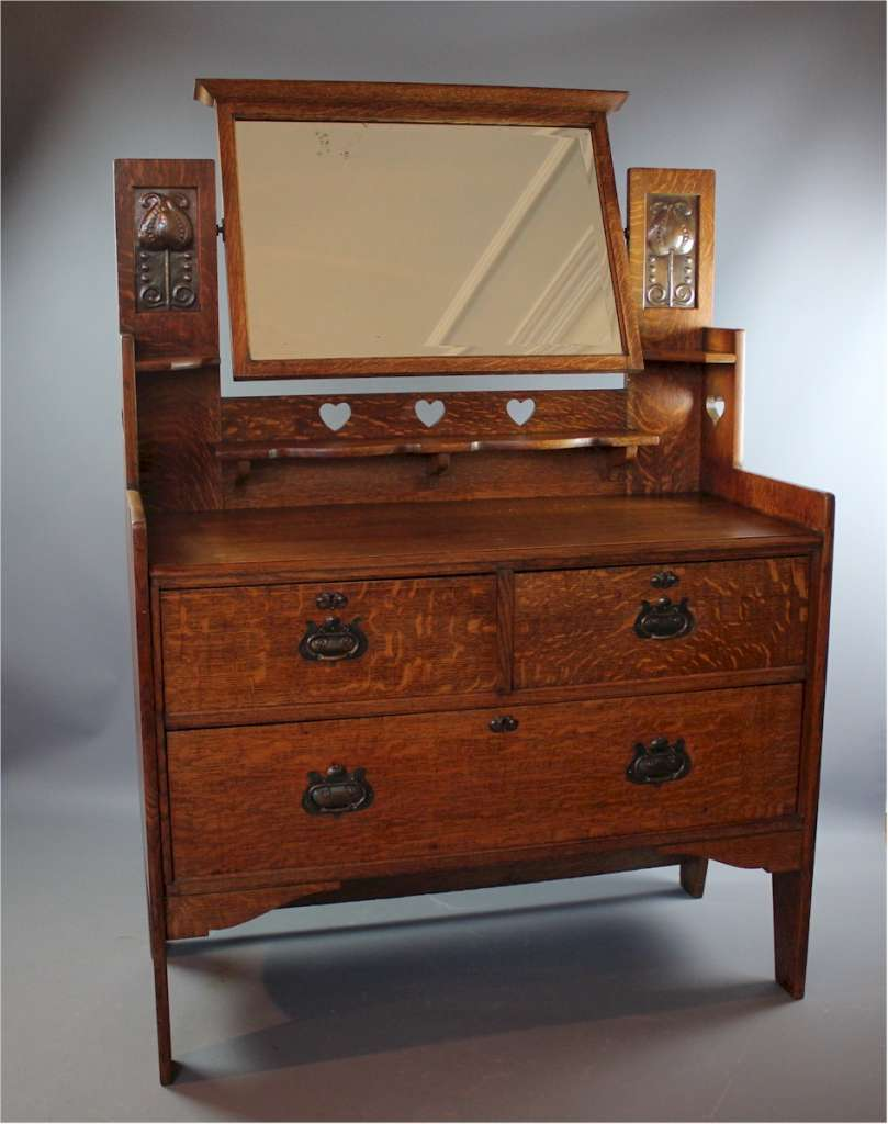Shapland arts and crafts dressing chest