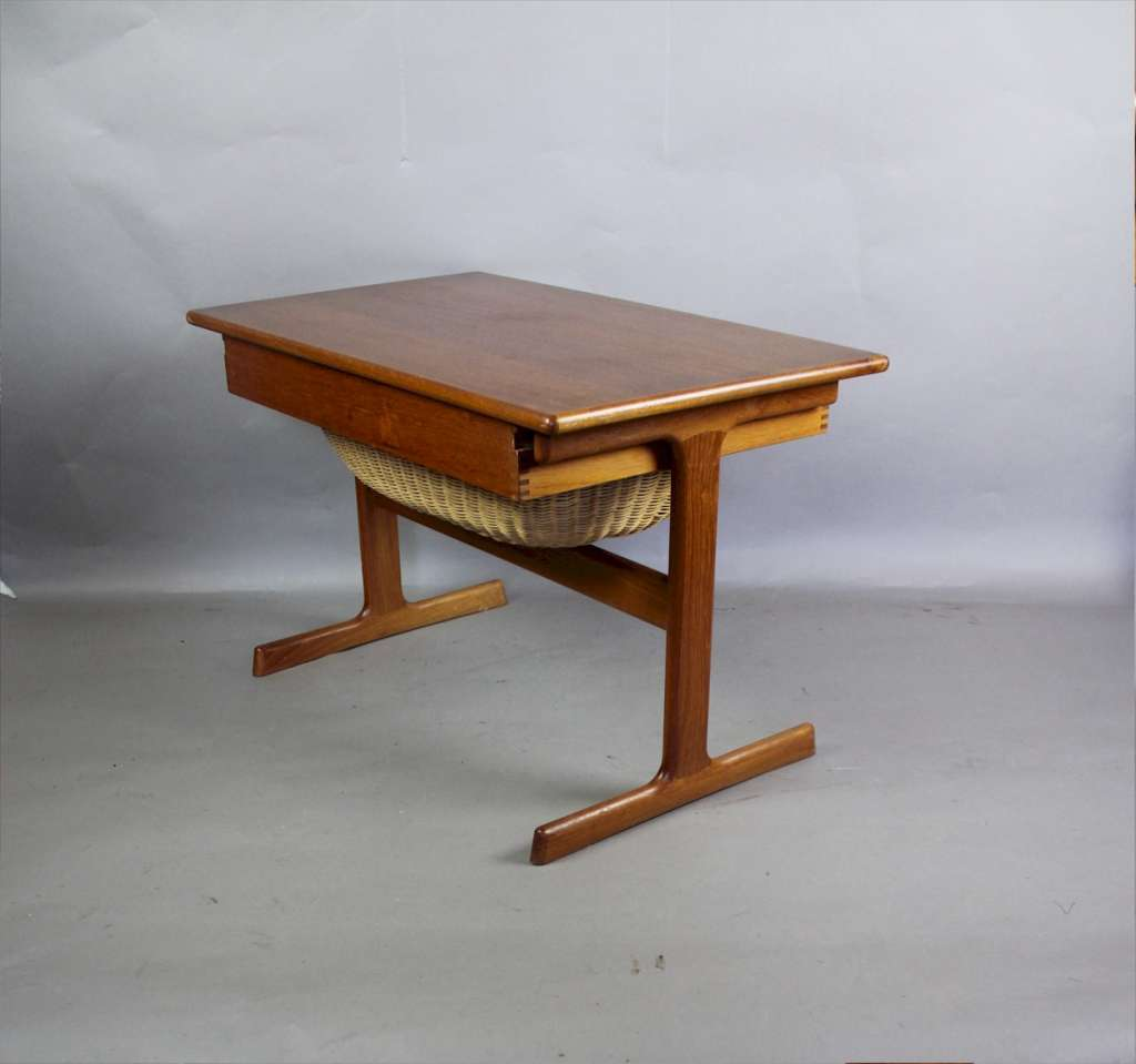 Danish Teak Mid-Century sewing table by VM Mobler