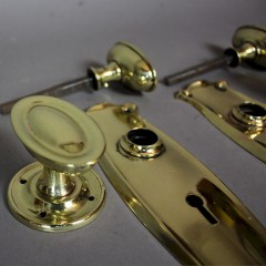 Edwardian set of brass door furniture