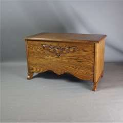 Arts and crafts oak blanket box