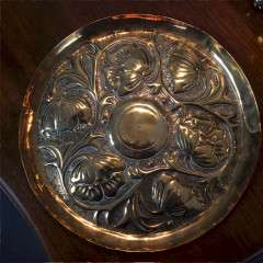 Arts and Crafts brass dish in the manner of Keswick