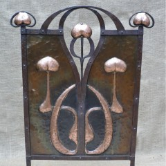 Arts and crafts fireguard in wrought iron & copper