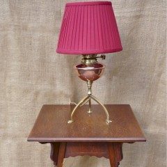 Arts and crafts lamp table in quarter sawn oak