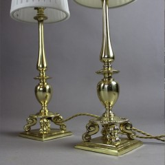 Good quality pair of Edwardian brass table lamps