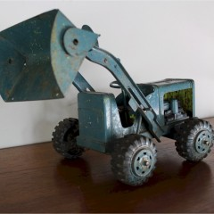 Vintage toy tractor , tinplate and plastic. c1950'sv